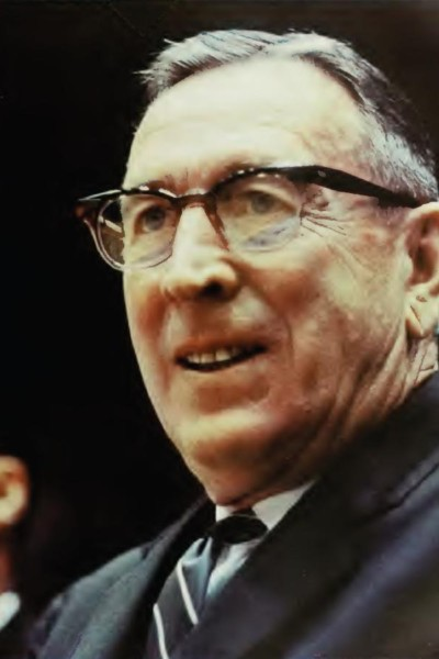 https://commons.wikimedia.org/wiki/File:John_Wooden.JPG